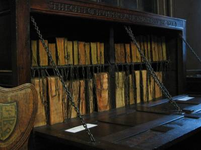 Chetham_Library_Book_Chest